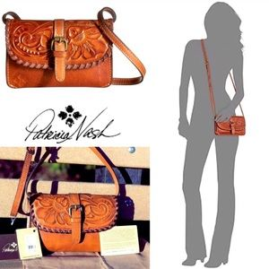 NWT 5 Star Patricia Nash Tooled Leather Crossbody